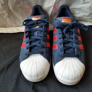 Mens Superstar Adidas Shell Toe Shoes **Like New**